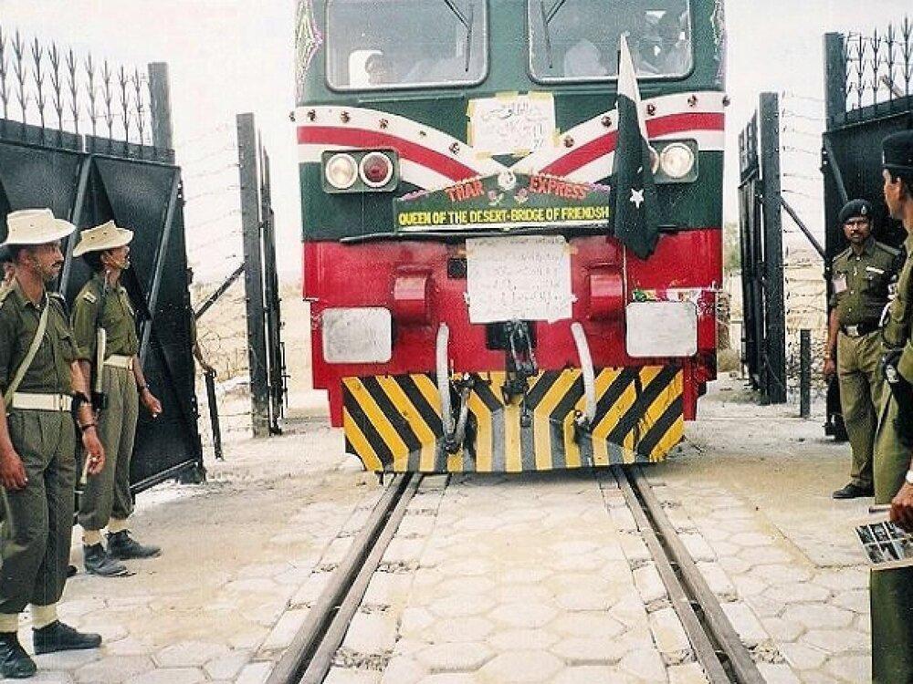 افزایش تنش بین هند و پاکستان؛ حرکت تمام قطارها به سوی پاکستان متوقف شد