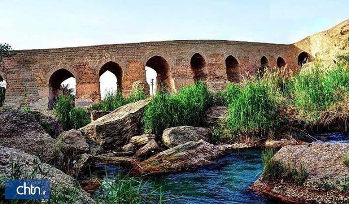 نهر رقط در سازه های آبی تاریخی شوشتر لای روبی می گردد